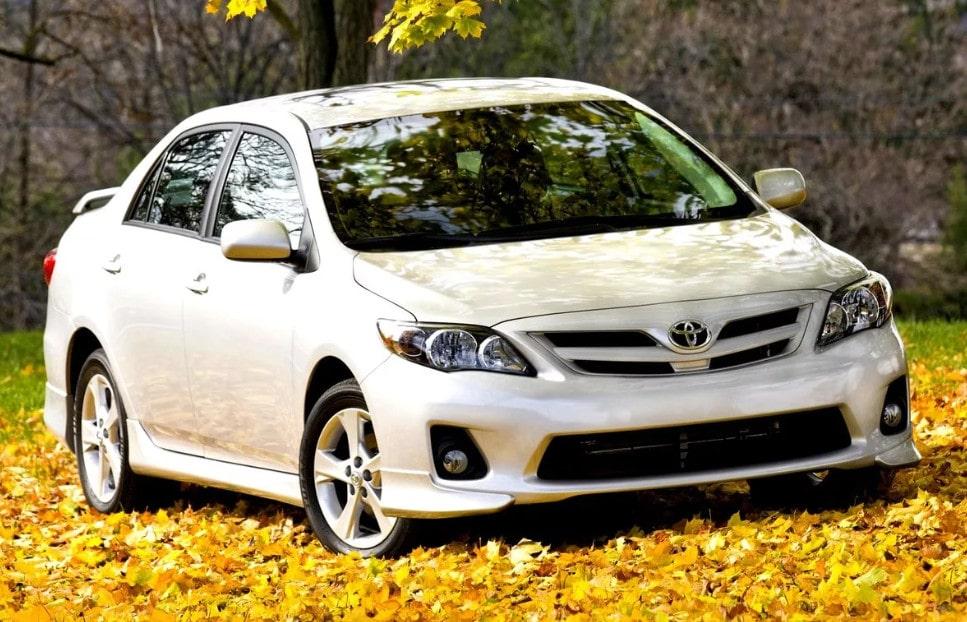 Toyota Corolla-min