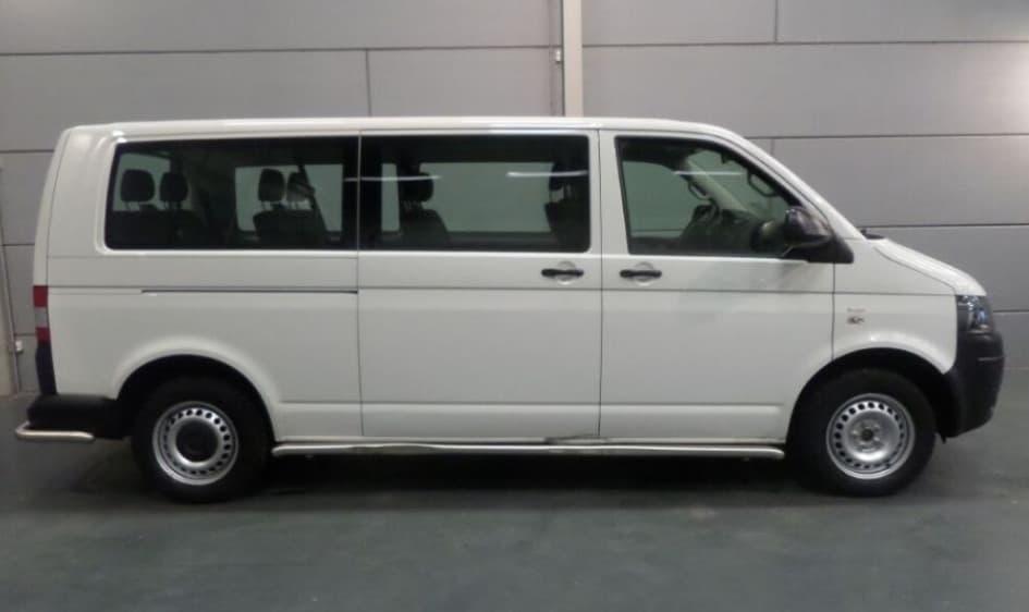 Volkswagen Transporter Kombi H2-min